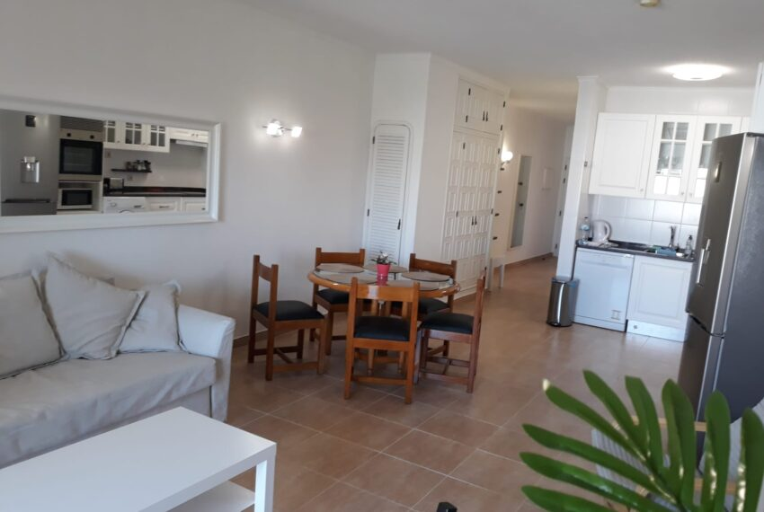 living and dinning area 2