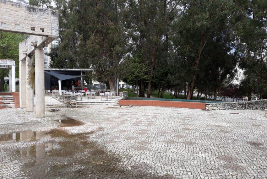 T2 T3 a 100 metros esplanada Pinhal Arneiros-1024