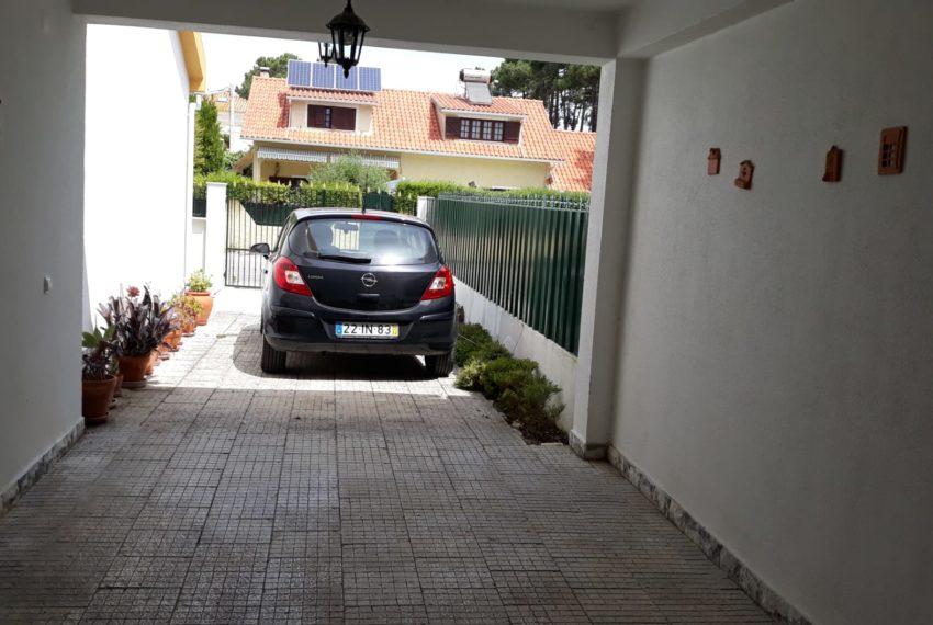 garagem e espaço estacionamento 2