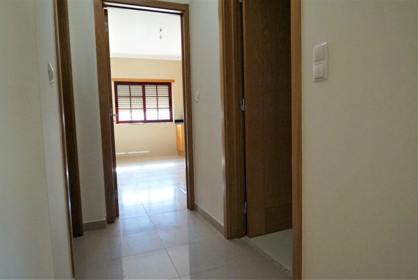 corredor acesso cozinha wc e desp
