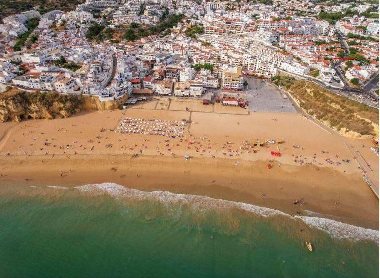praia dos pescadores vista aérea