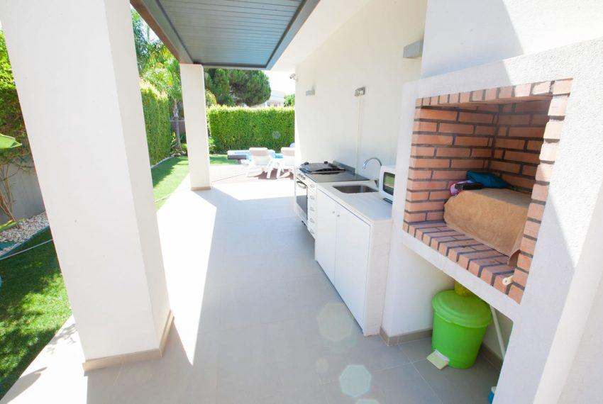 zona exterior barbecue e suporte cozinha em alpendre
