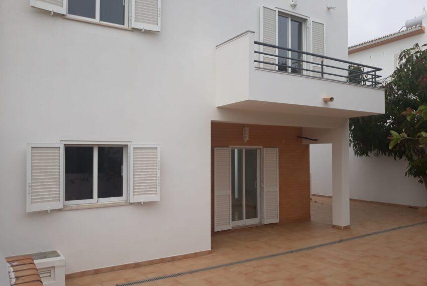 fachada traseiras 1