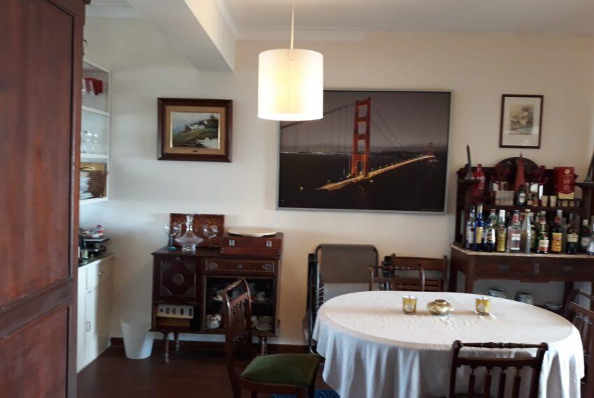 Detalhe da sala zona refeições