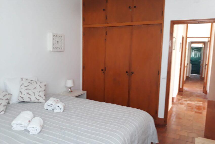 room b 2