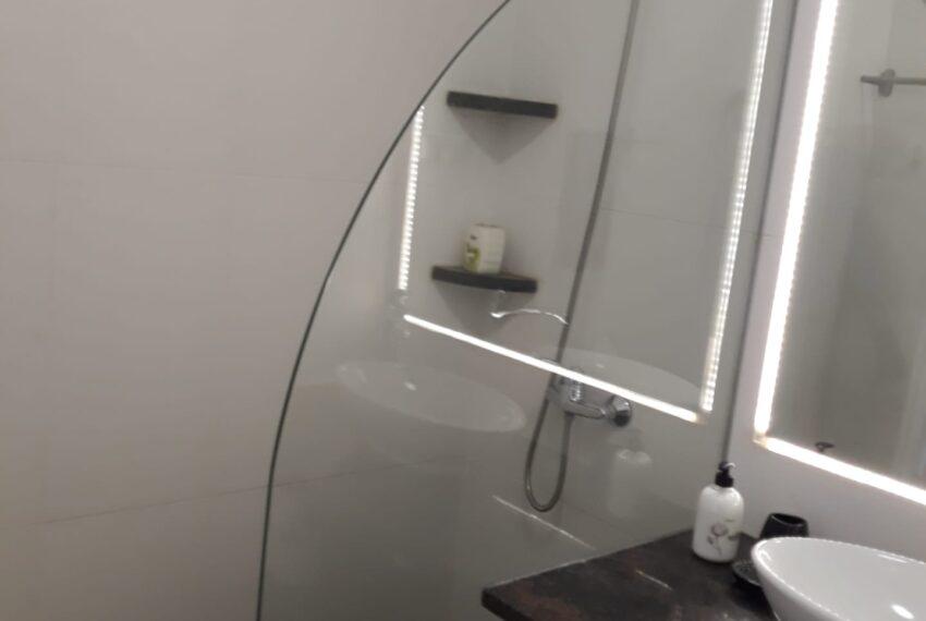 wc 2 shower